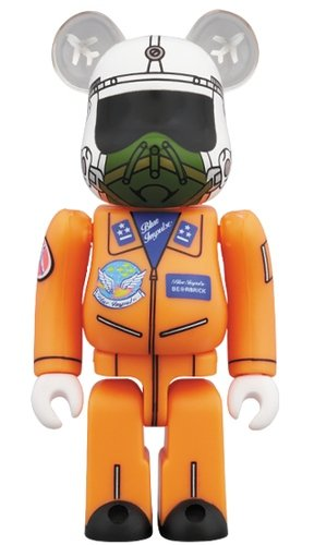 1964 BLUE IMPULSE BE@RBRICK 100% figure, produced by Medicom Toy. Front view.