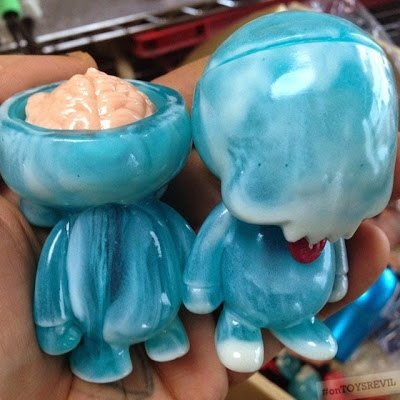 2014 SDCC Blue / GID Marbled figure by Ferg X Grody Shogun, produced by Lulubell Toys. Front view.