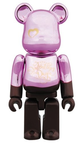 2018 Valentine BE@RBRICK 100% figure, produced by Medicom Toy. Front view.