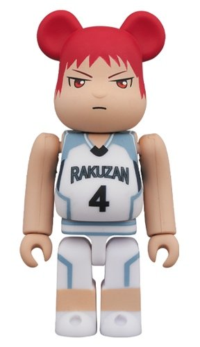 Akashi Seijuro BE@RBRICK 100% figure, produced by Medicom Toy. Front view.