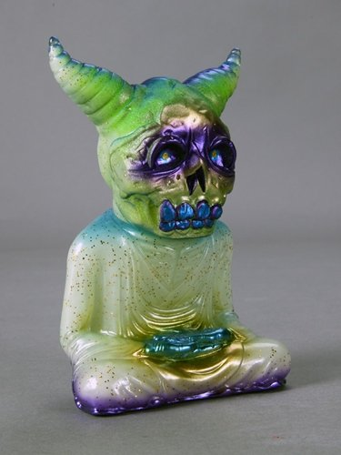 ALAVAKA - The Midnight Six (green) figure by Toby Dutkiewicz, produced by DevilS Head Productions. Front view.