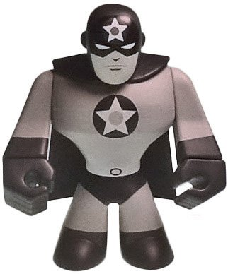 AMERICAN CRUSADER - Newsreel B/W figure by Max Palisted, produced by Ckrtlab Toys. Front view.