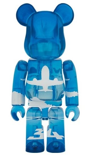 ANA ANA Blue Sky BE@RBRICK 100% figure, produced by Medicom Toy. Front view.