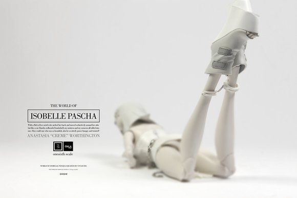 Anastasia Creme Worthington - Isobelle figure by Ashley Wood, produced by Threea. Back view.