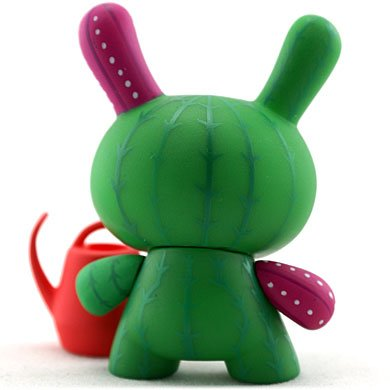 Cactus - chase figure by Artemio, produced by Kidrobot. Back view.