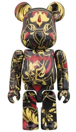 atmos scarf BE@RBRICK 100% figure, produced by Medicom Toy. Front view.