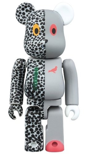 atmos x STAPLE BE@RBRICK 100% figure, produced by Medicom Toy. Front view.