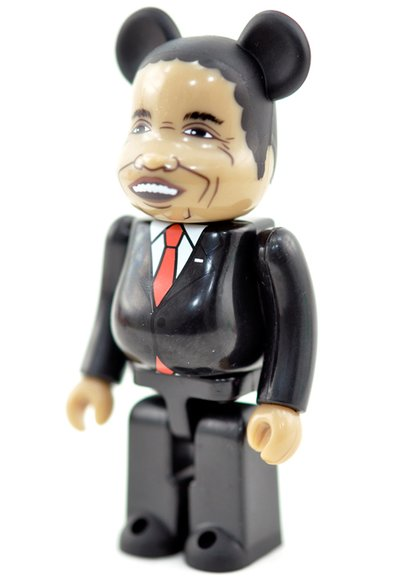 Obama, President of the United Be@rbrick - Secret Be@rbrick Series 27 figure, produced by Medicom Toy. Side view.