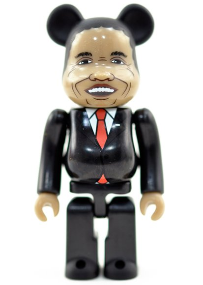 Obama, President of the United Be@rbrick - Secret Be@rbrick Series 27 figure, produced by Medicom Toy. Front view.