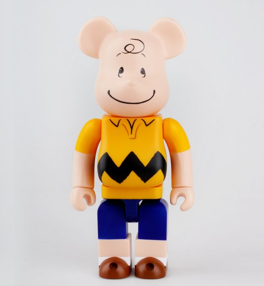 Bearbrick Charlie Brown 400% figure by Peanuts, produced by Medicom Toy. None.