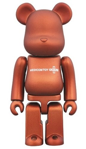 SERIES 35 RELEASE CAMPAIGN Be@rbrick 100% figure, produced by Medicom Toy. Front view.