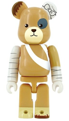 BE@RBRICK 29 - ANIMAL (GIRLS und PANZER Projekt) figure, produced by Medicom Toy. Front view.