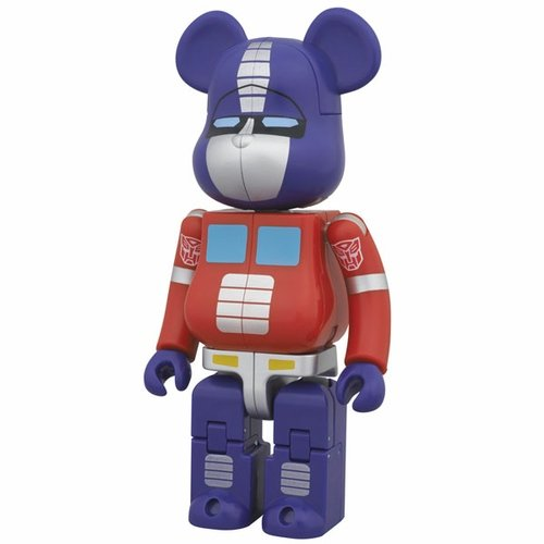 BE@RBRICK × TRANSFORMERS - OPTIMUS PRIME figure by Takara Tomy, produced by Medicom Toy. Front view.