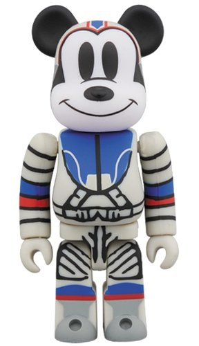 BILLIONAIRE BOYS CLUB MICKEY MOUSE BE@RBRICK 100% figure, produced by Medicom Toy. Front view.