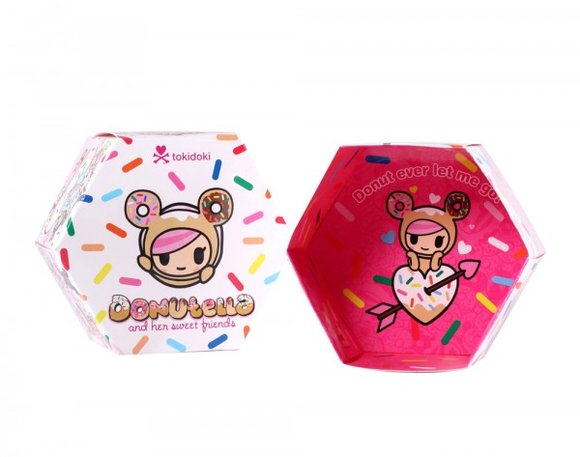 Biscotti figure by Simone Legno (Tokidoki), produced by Tokidoki. Packaging.