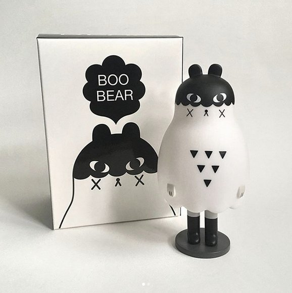Boo Bear figure by Andrea Kang, produced by Mighty Jaxx. Packaging.