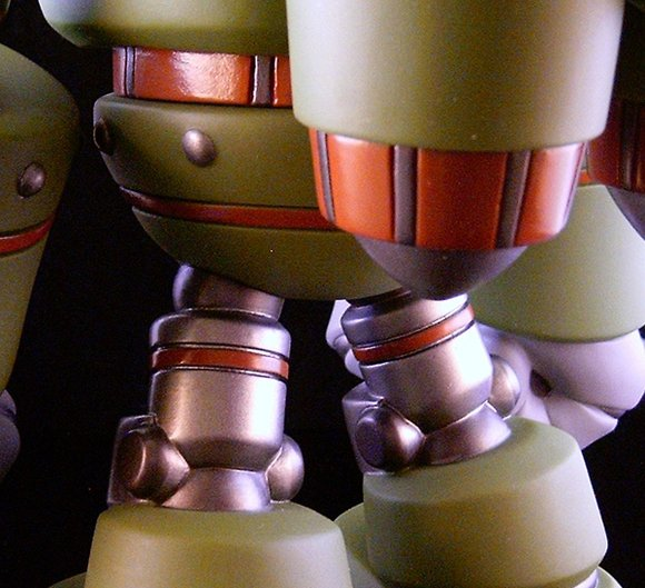 Combat-R Zero Swamp figure by Robert De Castro, produced by Atomic Mushroom. Detail view.