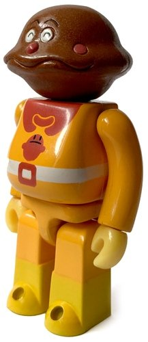 Currypanman figure by Takashi Yanase, produced by Lynke Toy. Front view.