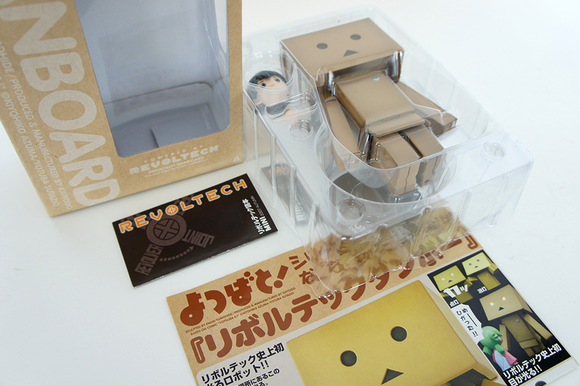 Danboard figure by Enoki Tomohide, produced by Kaiyodo. Packaging.