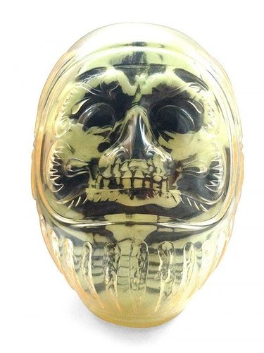 DARUMA SKULL X-RAY G.I.D. figure by Kazzrock, produced by Secret Base. Front view.