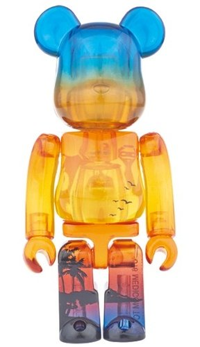 DIAMOND HEAD BE@RBRICK 100% figure, produced by Medicom Toy. Front view.