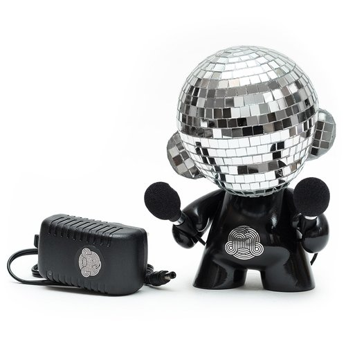 Disco Munny Ball (LE) figure by Ikar11. Front view.