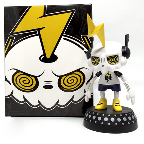DJ Trakkz vinyl art toy for turntables figure by T.T. Topperz. Packaging.