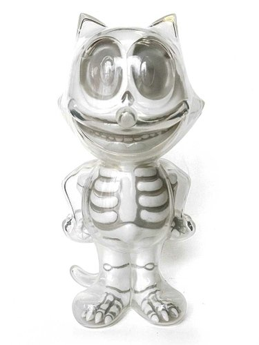 FELIX THE CAT X-RAY WHITE figure by Secret Base, produced by Secret Base. Front view.