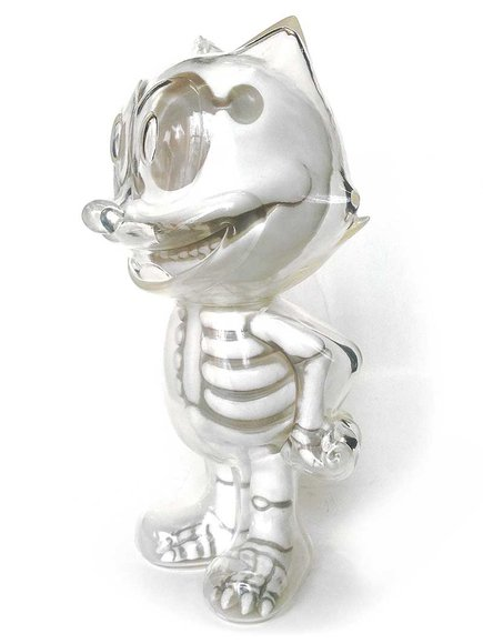 FELIX THE CAT X-RAY WHITE figure by Secret Base, produced by Secret Base. Side view.