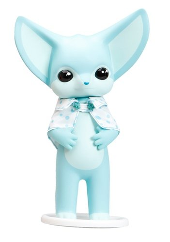 Fennec Fox Dona figure by Twelvedot, produced by Everland X Twelvedot. Front view.