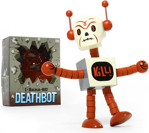Gama-Go Deathbot  figure by Tim Biskup, produced by Ningyoushi. Front view.