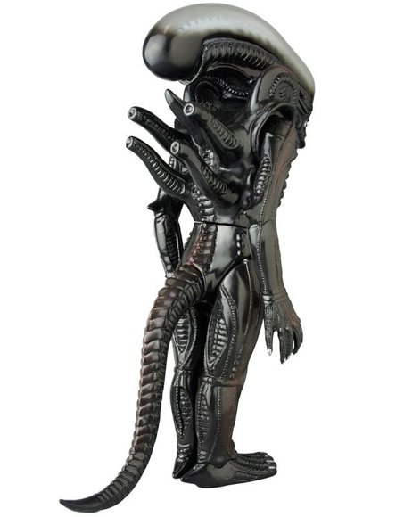 Giant Xenomorph figure, produced by Medicom X Marmit. Back view.