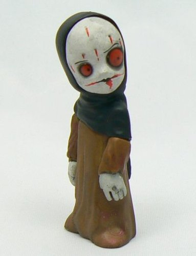 Grace of the Grave figure, produced by Mezco Toyz. Front view.