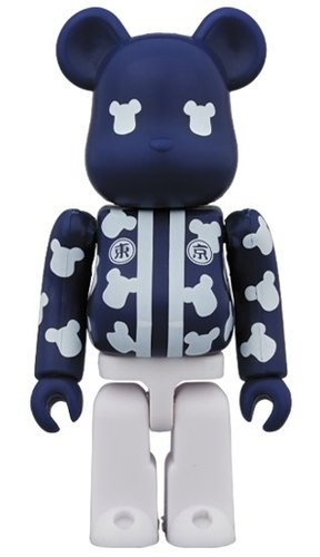 Happi TOYKO BE@RBRICK 100% figure, produced by Medicom Toy. Front view.