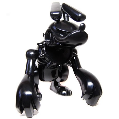 Hell Hound - Black figure by Touma, produced by Toy2R. Front view.