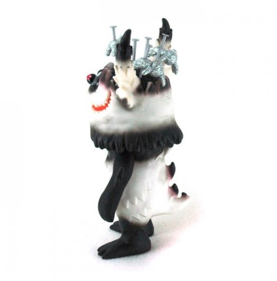 MOZnaiL - Panda figure by T9G, produced by Medicom Toy. Side view.