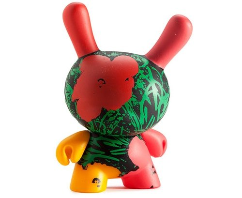 Kidrobot x Andy Warhol Flowers figure by Andy Warhol, produced by Kidrobot. Front view.