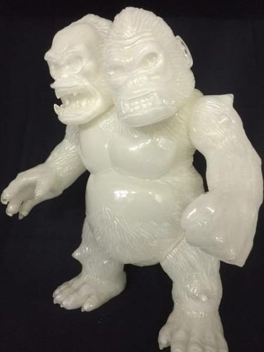 King Gorilla Ju - Hyperstoic Event Version figure by Yasuaki Hirota, produced by Hirota Saigansho. Front view.