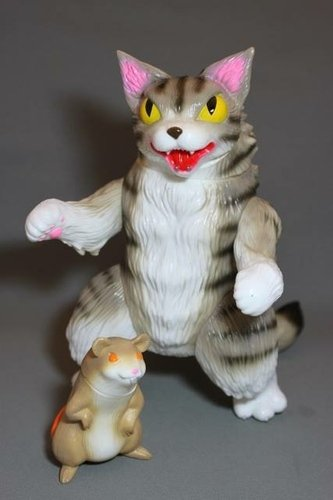 King Negora - Brown Stripe figure by Mark Nagata, produced by Max Toy Co.. Front view.