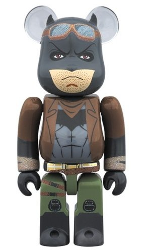 KNIGHTMARE BATMAN BE@RBRICK 100% figure, produced by Medicom Toy. Front view.