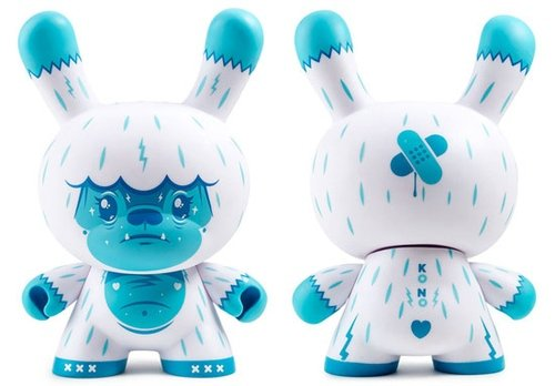 Kono the Yeti figure by Squink, produced by Kidrobot. Front view.