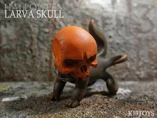 Larva Skull Halloween figure, produced by K13 Toys. Front view.