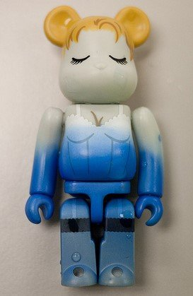 Laura Palmer - Horror Be@rbrick Series 21 figure, produced by Medicom Toy. Front view.