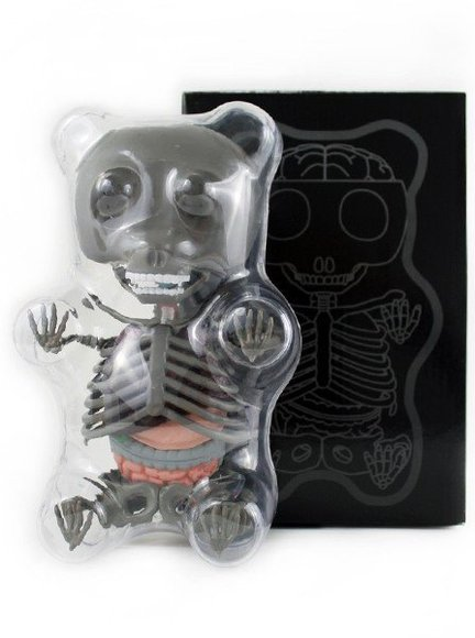 Limited Edition Anatomy Gummi Bear (Grey) figure by Jason Freeny, produced by Famemaster. Packaging.