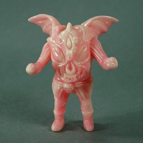 Luftkaiser - Marbled Gid figure by Paul Kaiju, produced by Toy Art Gallery. Front view.