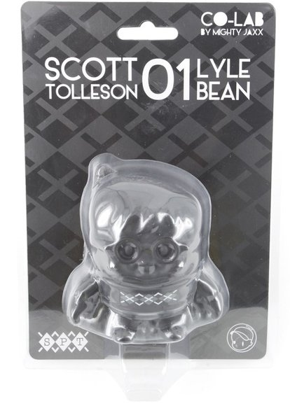 Lyle Bean figure by Scott Tolleson, produced by Mighty Jaxx. Packaging.