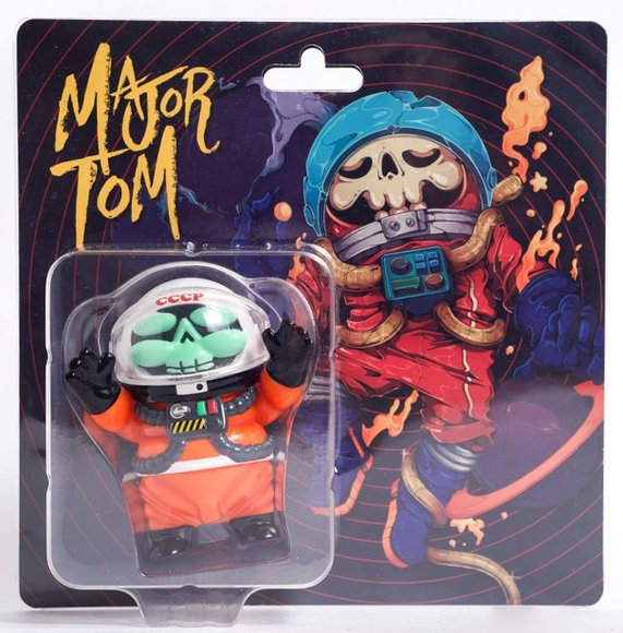 Major Tom figure by Nattapong Atisup, produced by Toyzeroplus. Packaging.