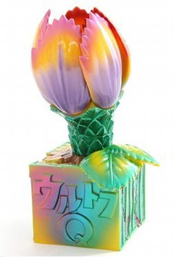 Mammoth Flower (マンモスフラワー) figure by Yuji Nishimura, produced by M1Go. Side view.