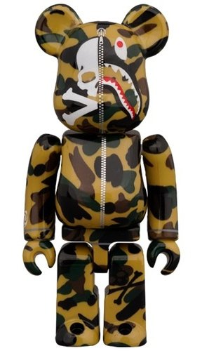 MASTERMIND VS BAPE (YELLOW) BE@RBRICK 100% figure, produced by Medicom Toy. Front view.