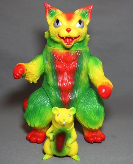 King Negora Set - SDCC 2012 figure by Mark Nagata, produced by Max Toy Co.. Front view.